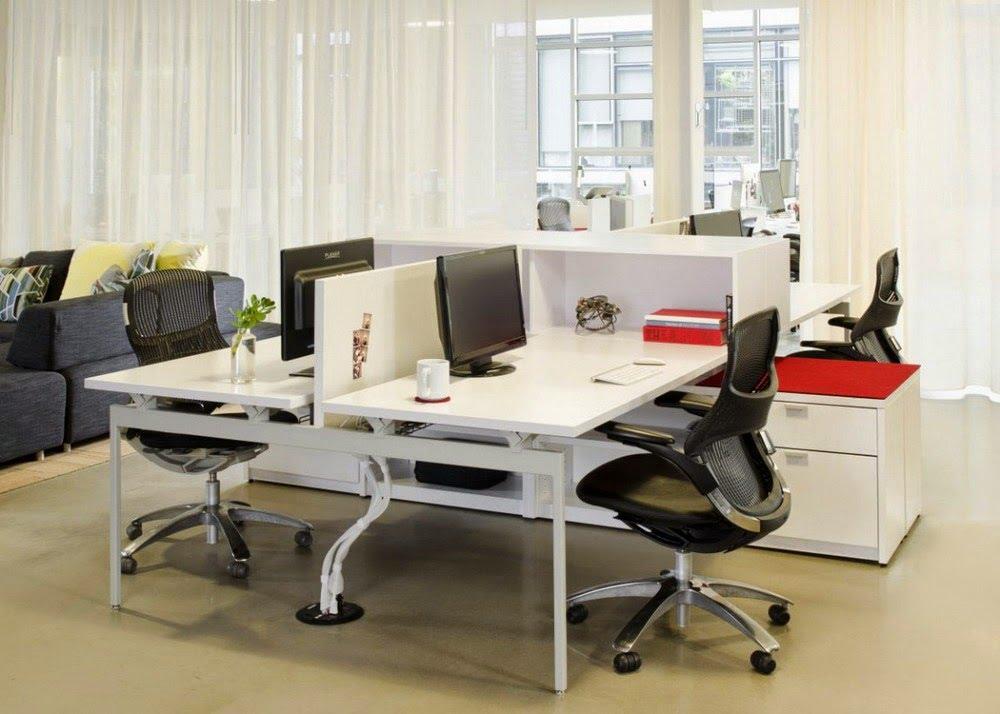 Cozy-White-Computer-Desks-in-Amazing-Modern-Office-Furniture-Design-Ideas.jpg